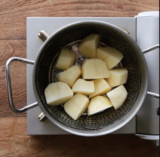 bánh khoai tây phô mai viên 1