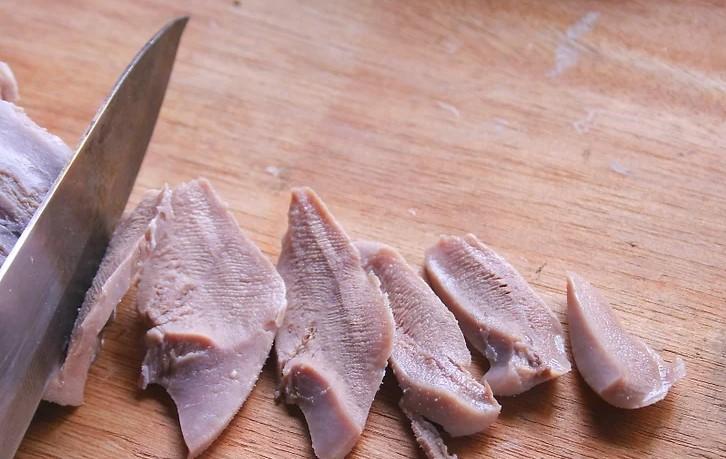 cách làm lưỡi bò xào sa tế 6