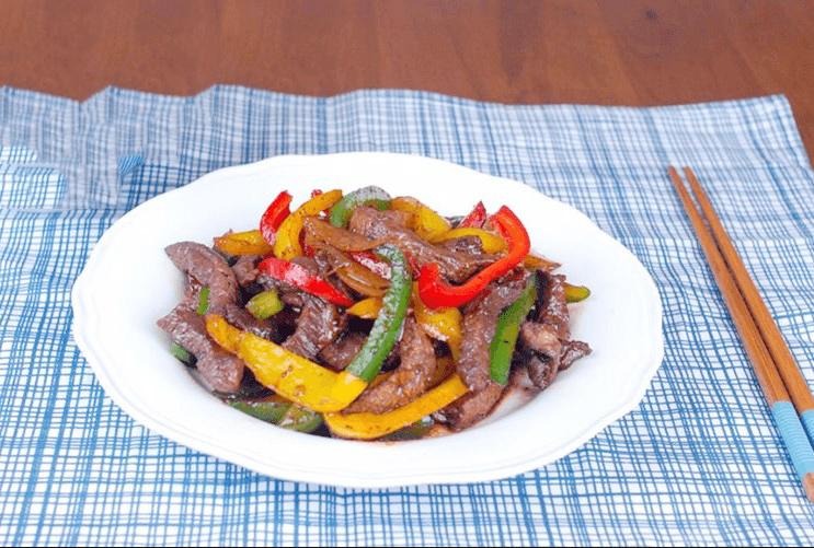 cách làm thịt bò xào củ hành tây, ớt chuông 4