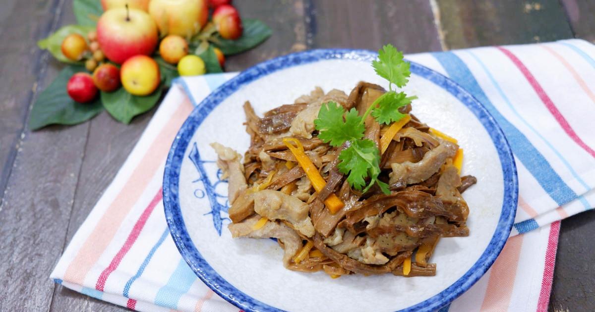 măng khô xào thịt bò 1
