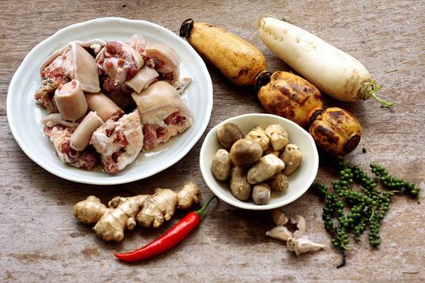 nguyên liệu nấu lẩu đuôi bò 1