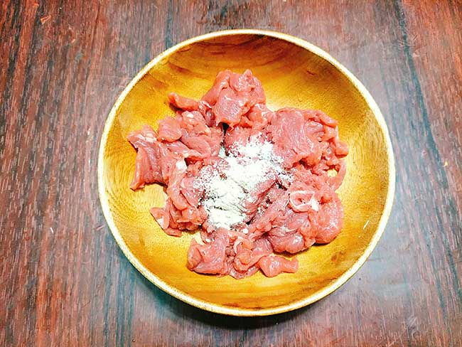 rau càng cua xào thịt bò 2
