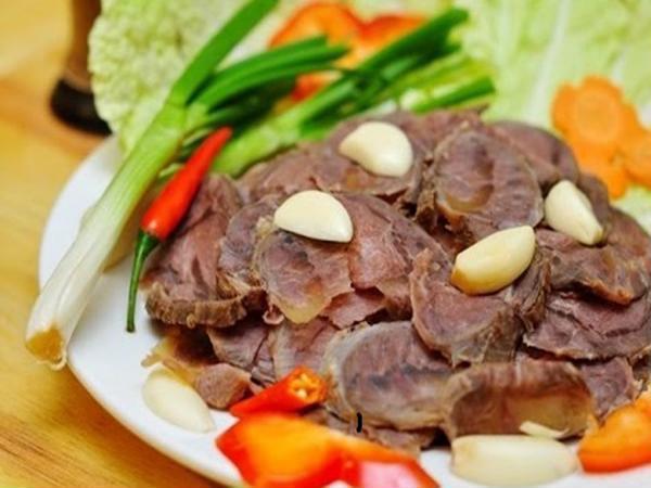 thịt bò hấp sả 1