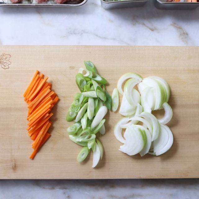 thịt bò xào cà rốt kiểu Hàn 3