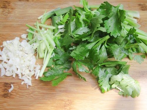 thịt bò xào củ cải khô 5