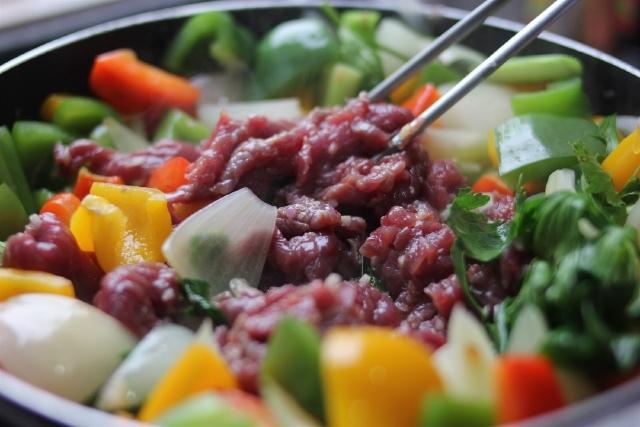 thịt bò xào ớt chuông hành tây 8