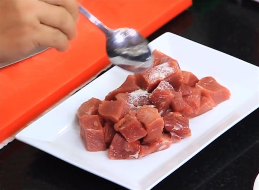 thịt bò xào sa tế 2