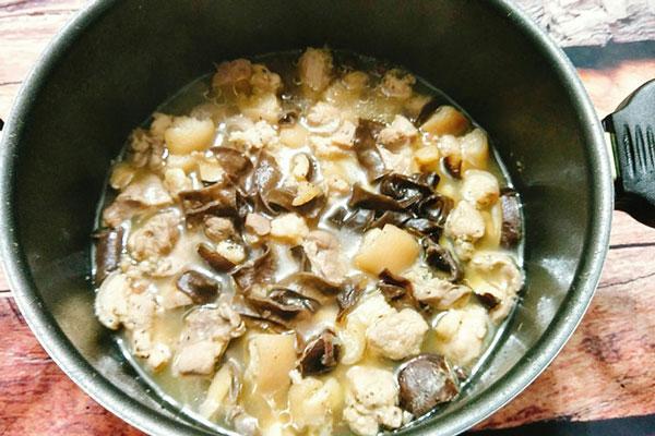 thịt gà nấu đông 6