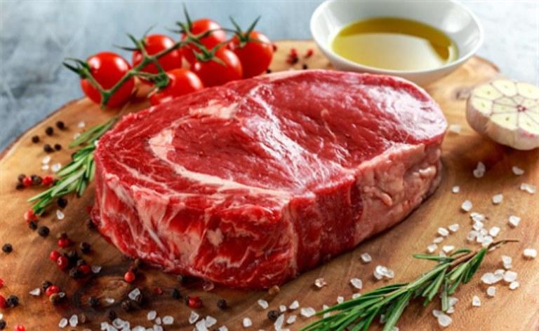 cách chọn nguyên liệu làm thịt bò nấu mồng tơi ngon 1