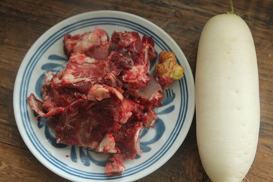 cách làm sườn bò hầm củ cải Trung Quốc 1