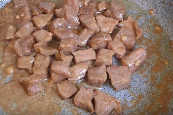 cách làm thịt bò nấu bí đỏ 4