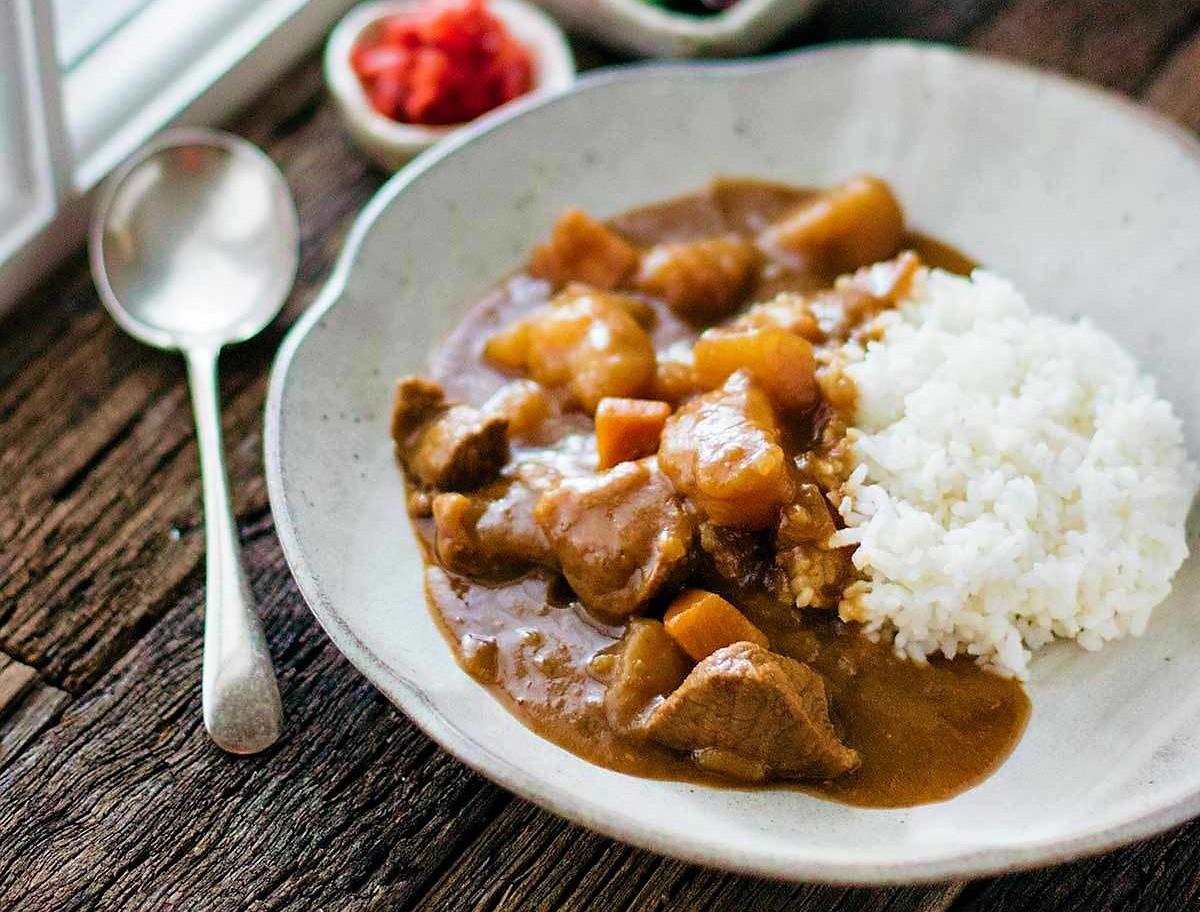 cách làm thịt bò nấu cà ri kiểu Nhật 4