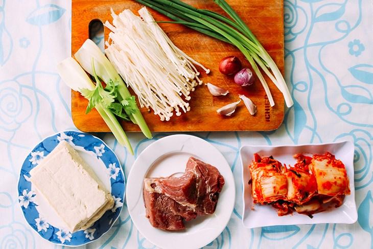 cách làm thịt bò nấu kim chi 2
