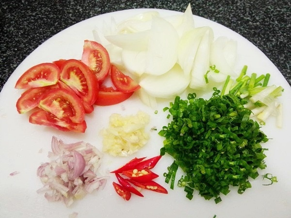 cách làm thịt bò nấu măng chua tươi 2