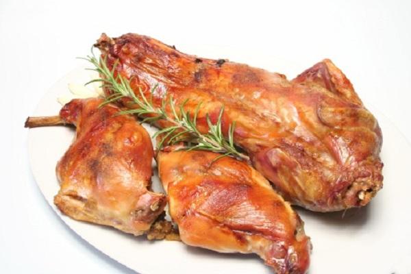 thịt thỏ nướng 1