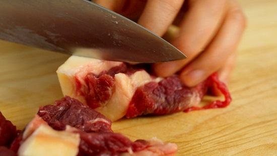 thịt bò nấu khoai sọ kiểu Hàn 3