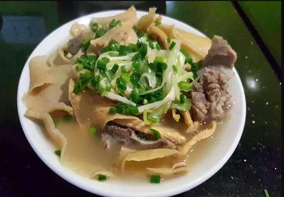 thịt bò nấu măng khô 1