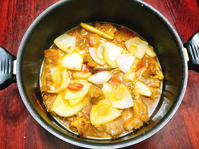 thịt bò nấu nước dừa 7