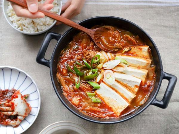 yêu cầu với món canh thịt bò nấu kim chi 1