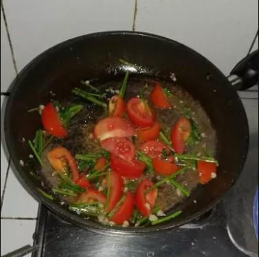 cà tím xào cà chua đơn giản 2