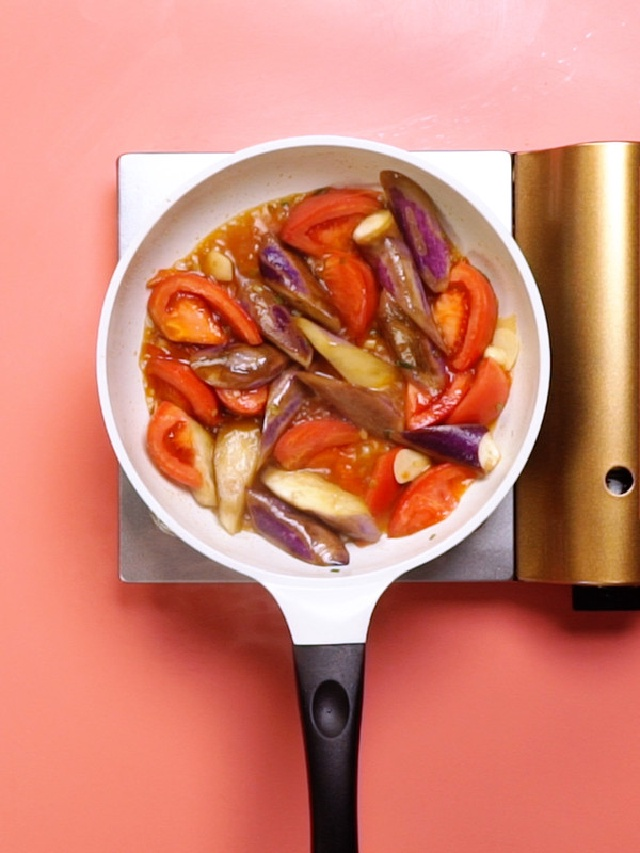 cà tím xào cà chua nước tương 2