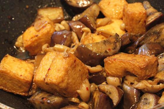 cà tím xào chao đậu hũ chiên 3