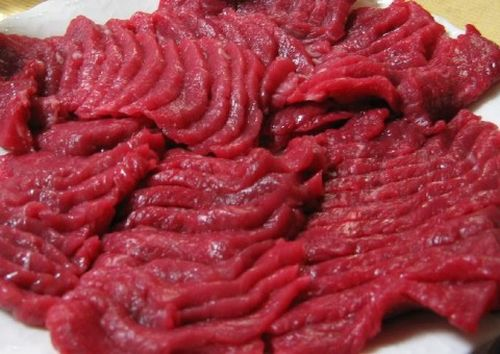cách làm thịt ngựa cuốn bánh tráng ngon 2