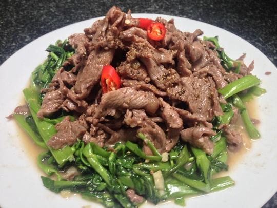 giá trị dinh dưỡng của món thịt ngựa xào rau muống 1