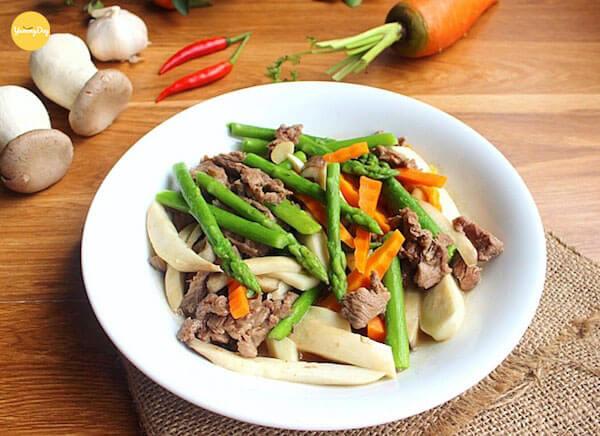 thịt nai xào măng tây cà rốt 5