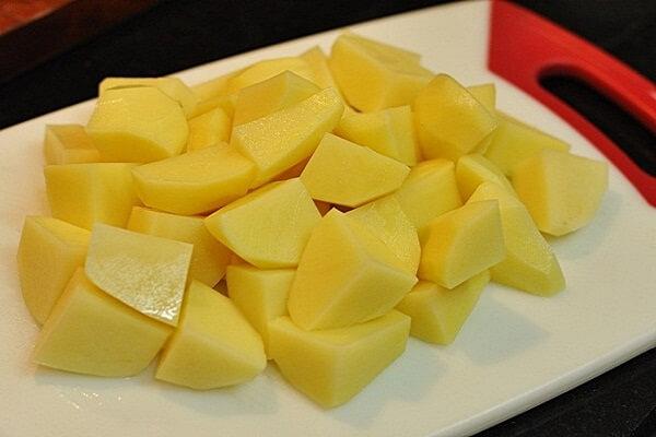 thịt ngựa hầm khoai tây đơn giản 2