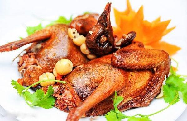 giá thịt chim cút