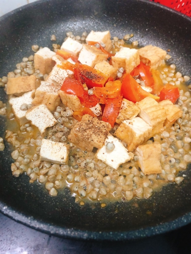 hến xào cà chua đậu chiên 4