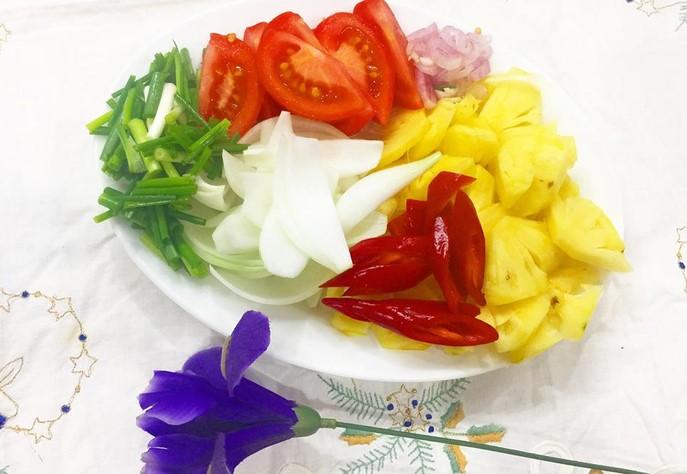 hến xào cà chua 3