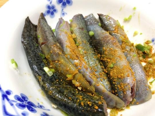 cá chạch kho nước dừa nghệ 2
