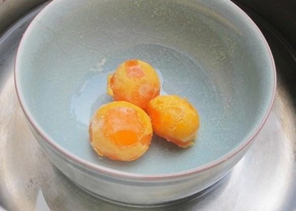 cách làm tôm hùm sốt trứng muối 3