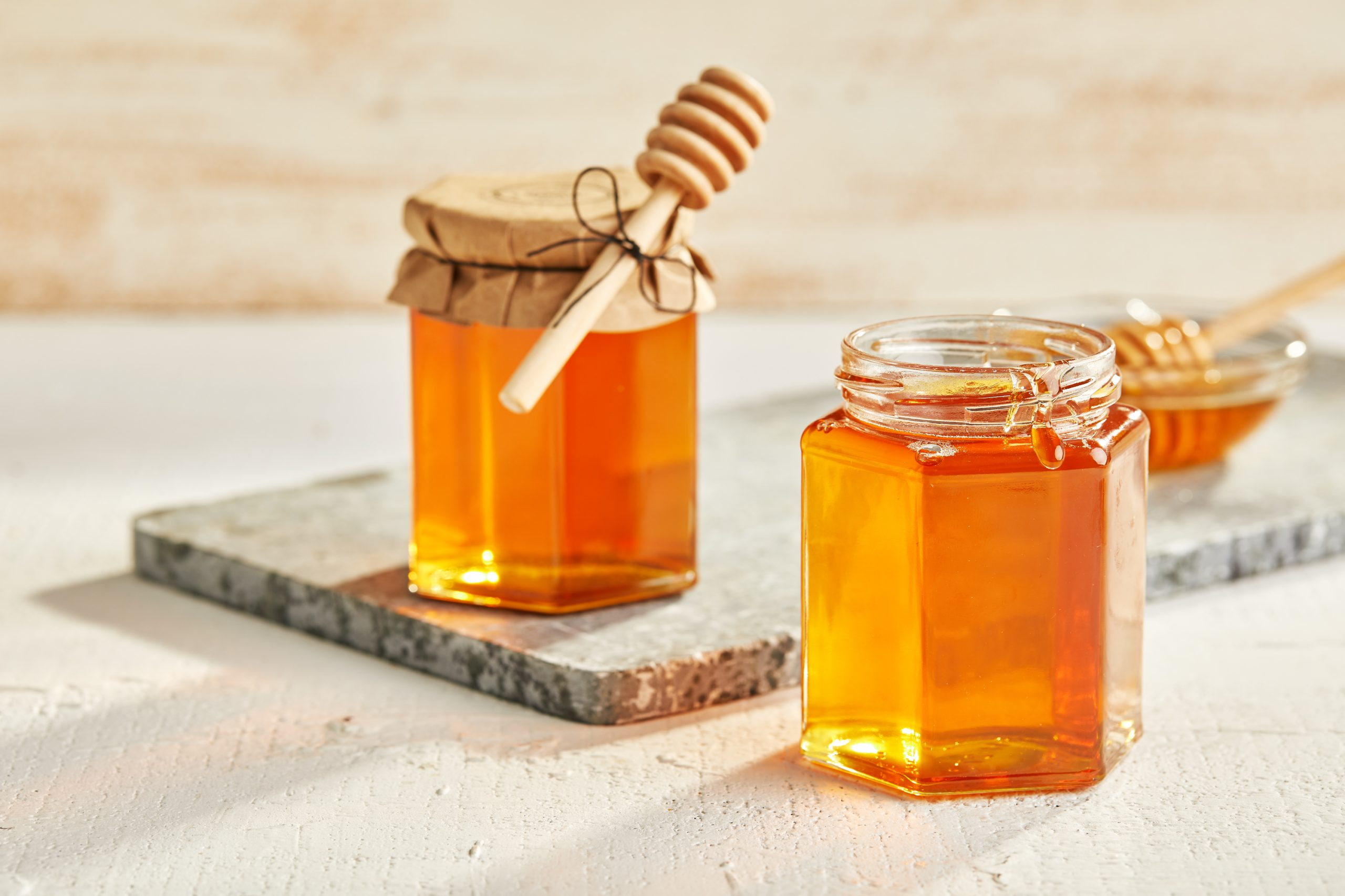 cách bảo quản mật ong khỏi kiến 1