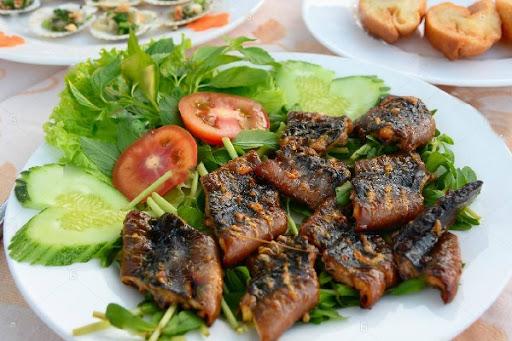 những lưu ý khi ăn thịt lươn 1