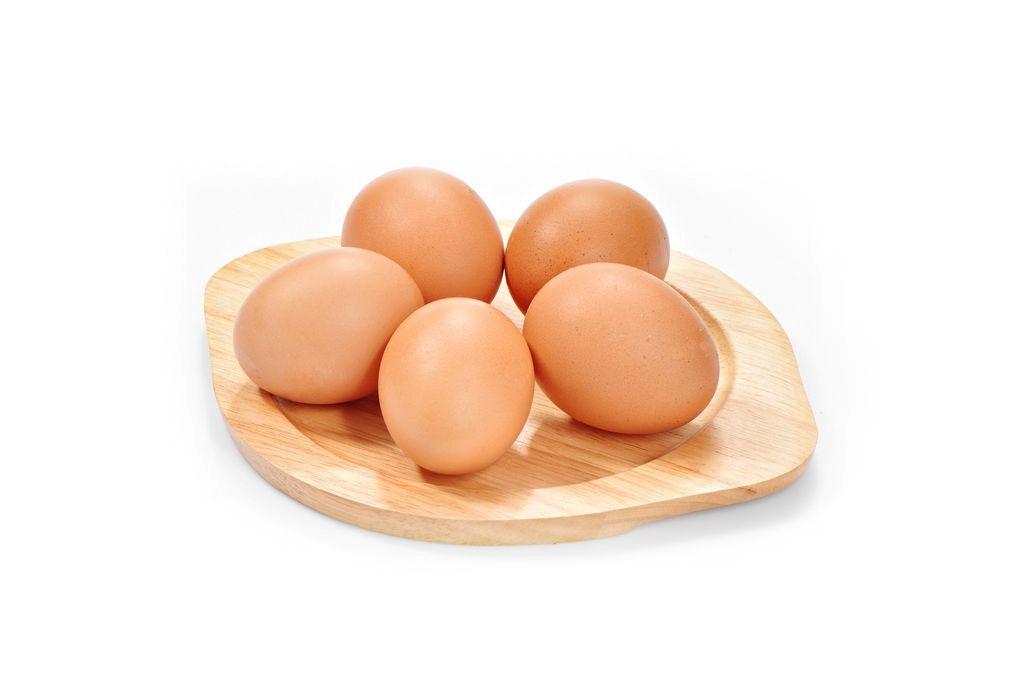 luộc trứng gà