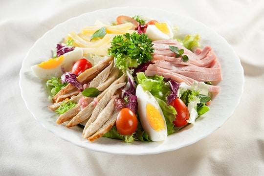 salad ức gà áp chảo 2