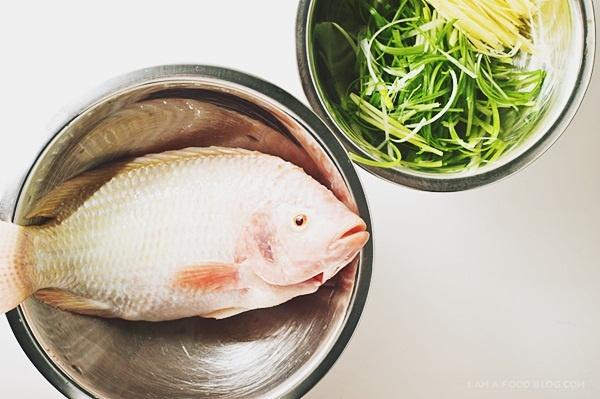 Cách làm cá diêu hồng hấp Hồng Kông 1