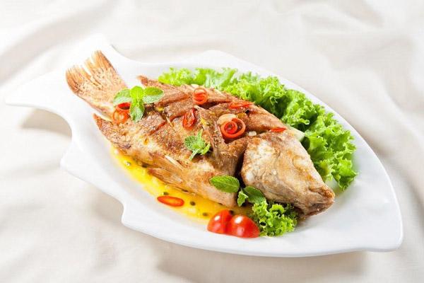 Cách làm cá diêu hồng hấp Hồng Kông 4