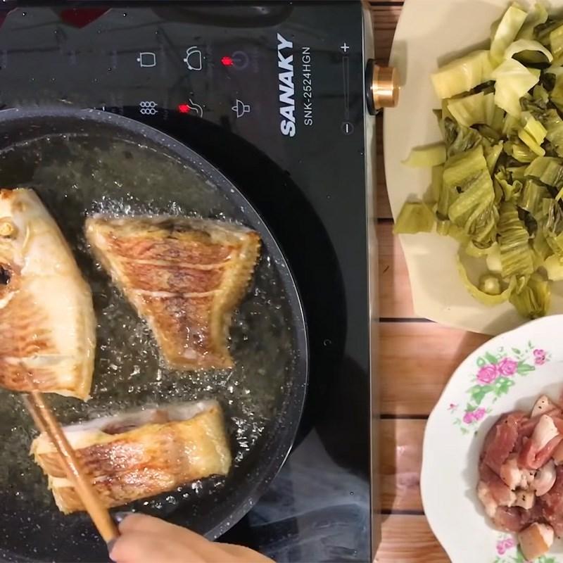 Chế biến cá diêu hồng nấu dưa chua thân thuộc và đưa cơm 6