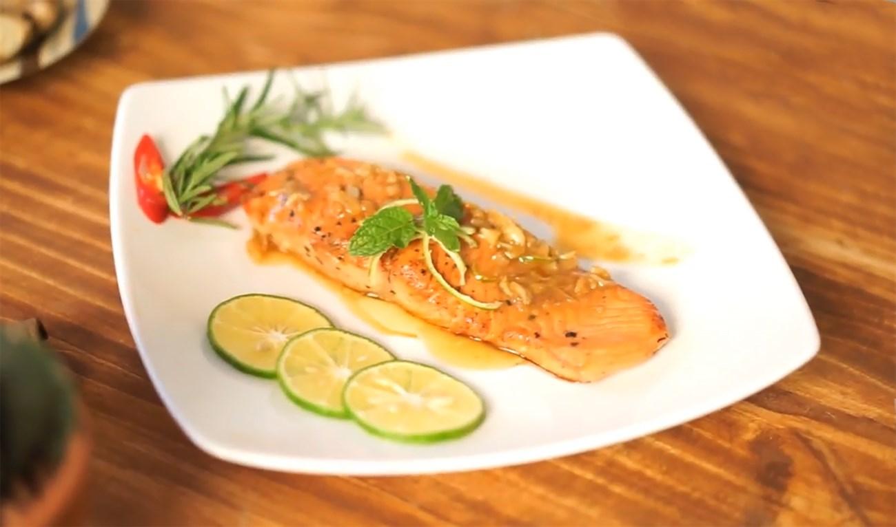 cá hồi áp chảo sốt bơ chanh 5