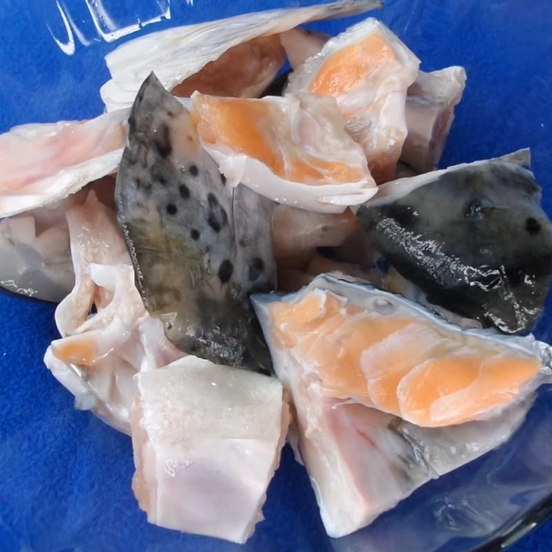 Cá hồi chiên nước mắm 4