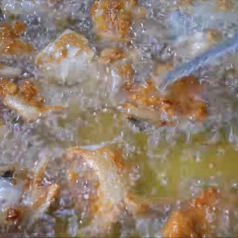 Cá hồi chiên nước mắm 7