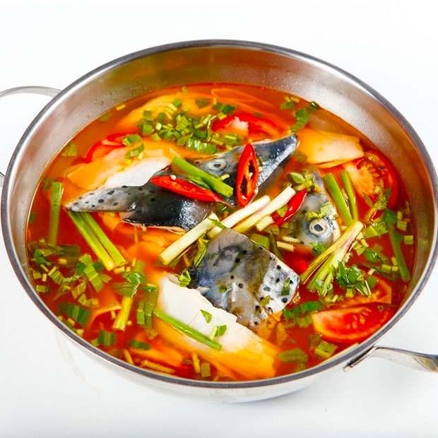 cá hồi nấu măng chua 4