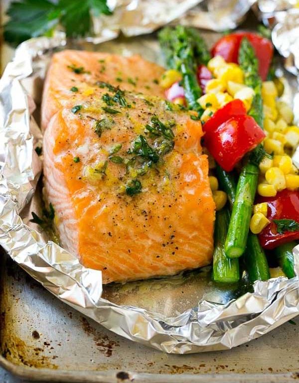 Cá hồi nướng giấy bạc đơn giản mà thơm ngon và giàu dưỡng chất 2