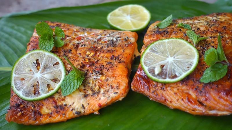 cá hồi nướng muối ớt 1