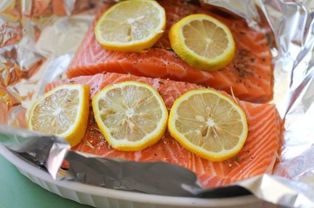 cá hồi nướng tiêu 3
