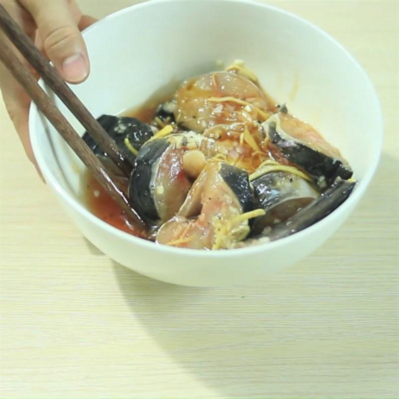 Cách làm cá trê kho tộ 3